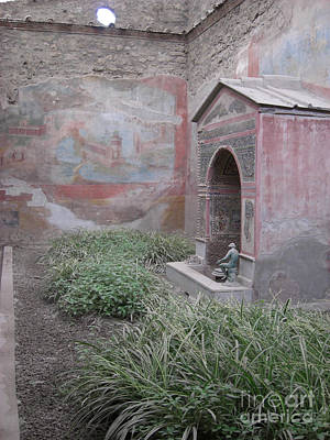 Photograph - Pompeii Dry Fountain by Deborah Smolinske
