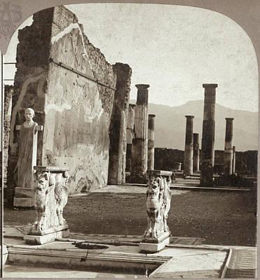 Pompeii House, C1897 Art Print by Granger