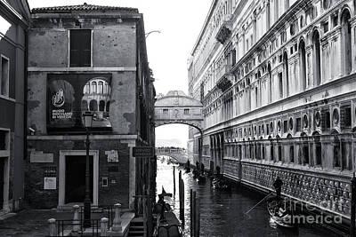 Photograph - Ponte Dei Sospiri by John Rizzuto