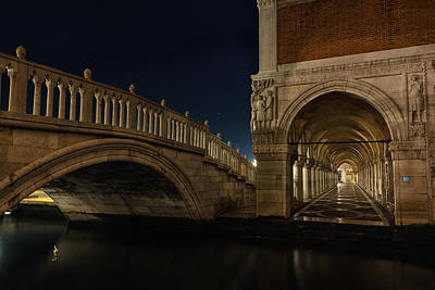 Art Print featuring the photograph Ponte Della Paglia by Marion Galt