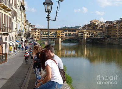 Photograph - Ponte Vecchio Onlookers by Phil Banks