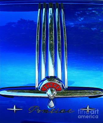 Art Print featuring the photograph Pontiac Eight by Linda Bianic
