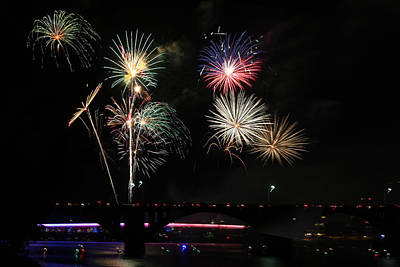 Photograph - Pops On The River Fireworks by Robert Camp