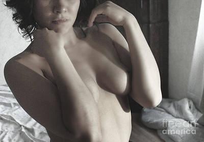 Nude Photograph - Por La Manana by Juan Orozco
