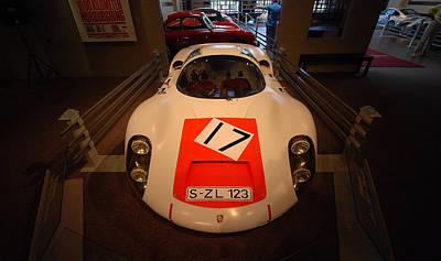 Photograph - Porsche 910-6 by John Schneider
