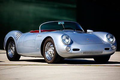 Photograph - Porsche Spyder 550 by Peter Tellone