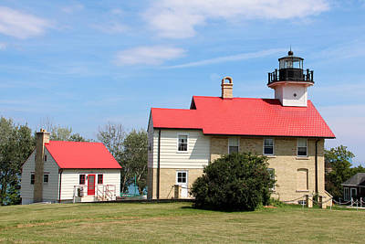 Photograph - Port Washington Lighthouse 2 by George Jones