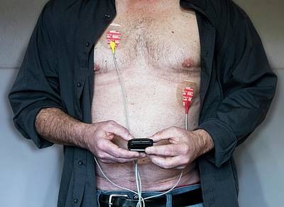 Heartbeat Photograph - Portable Ecg Monitor by Eddie Lawrence