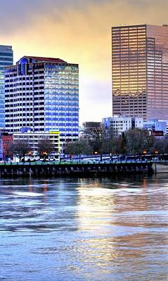 Photograph - Portland Reflections 22929 Hdr by Jerry Sodorff