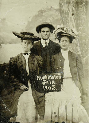 Huntington Painting - Portrait Of A Man And Two Women In Front Of A Painted by Artokoloro
