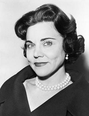 Head And Shoulders Photograph - Portrait Of Ann Landers by Fred Palumbo