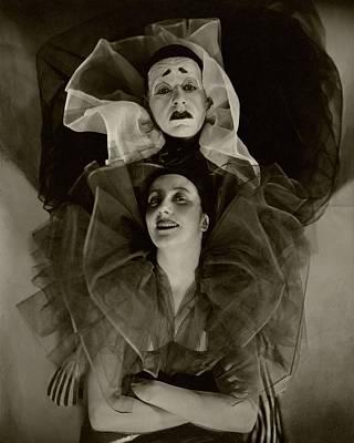 Chiffon Photograph - Portrait Of Lynn Fontanne And Alfred Lunt Wearing by Edward Steichen