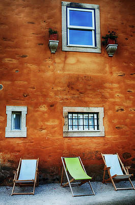 Folding Chair Photograph - Portugal, Douro Valley, Quinta by Terry Eggers