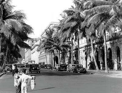 Photograph - Post War Downtown Honolulu by Underwood Archives