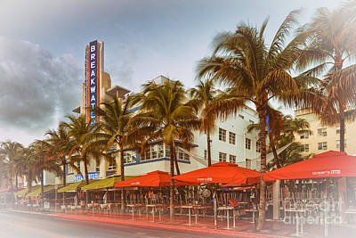 Miami Beach Photograph - Postcard Of Breakwater Esplendor Hotel On Ocean Drive - South Beach Miami Beach Florida by Silvio Ligutti