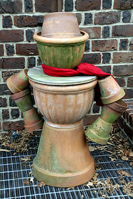 Photograph - Pottery Person by Bob Slitzan