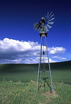 Contour Farming Photograph - Powered Down by Latah Trail Foundation
