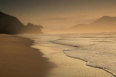 Praia Photograph - Praia Das Toninhas In Ubatuba by Alex Saberi