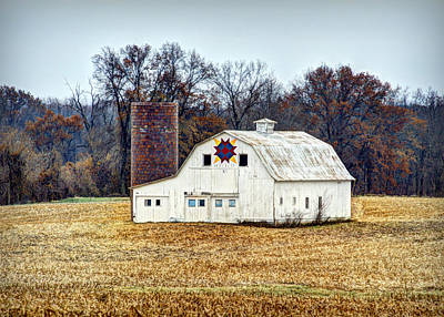Block Quilts Photograph - Prairie Queen Quilt Barn by Cricket Hackmann
