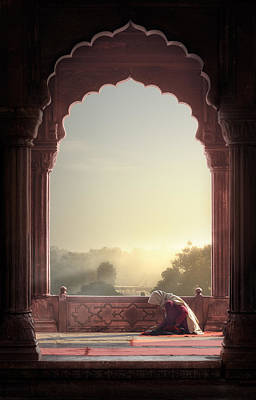 India Wall Art - Photograph - Prayer by Nadav Jonas