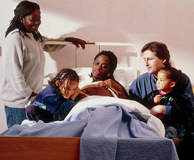 Pregnant Woman And Her Family On An Antenatal Ward Art Print by Ruth Jenkinson/midirs/science Photo Library