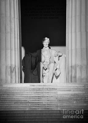 Lincoln Photograph - President Lincoln by Inge Johnsson