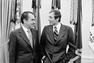 President Nixon Meets With Russian Poet Art Print by Everett