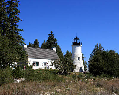 Photograph - Presque Isle Lighthouse Old by George Jones