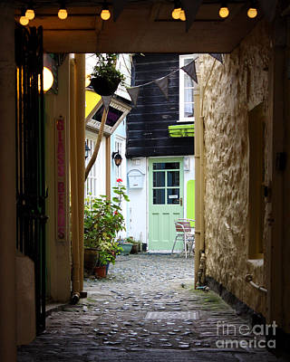Photograph - Pretty Back Alley St Ives by Terri Waters