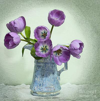 Floral Arrangement Digital Art - Pretty Faces by Betty LaRue