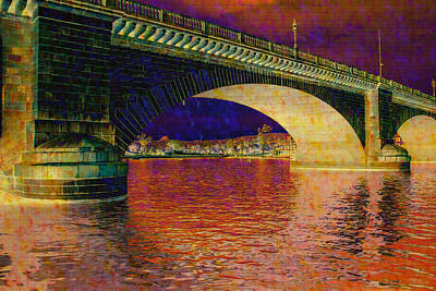 Photograph - Prismatic London Bridge by Fred Larson