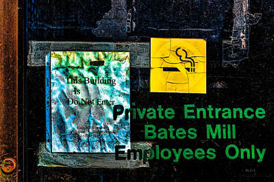 Photograph - Private Entrance by Bob Orsillo