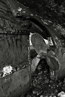 Photograph - Propeller Of An Old Abandoned Ship by RicardMN Photography