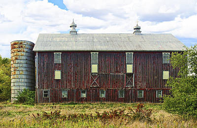 Photograph - Proverbial Broad Side Of The Barn by Gregory Scott