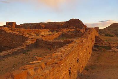 Chaco Culture Nhp Photograph - Pueblo Del Arroyo At Sunset by Feva  Fotos