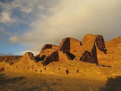 Chaco Culture Nhp Photograph - Pueblo Del Arroyo At Sunset II by Feva  Fotos