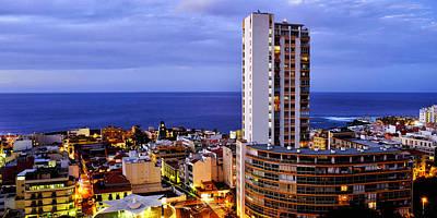 Photograph - Puerto De La Cruz by Fabrizio Troiani