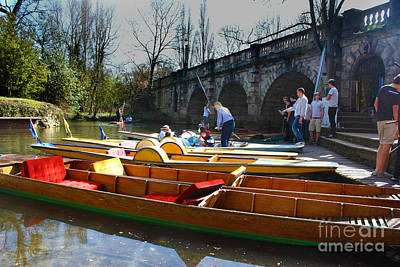 Photograph - Punting In Oxford by Terri Waters