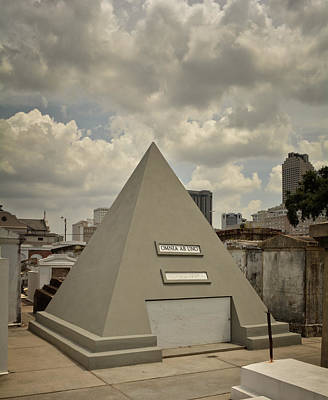Nicolas Cage Photograph - Pyramid Of Saint Louis Cemetery by Chrystal Mimbs