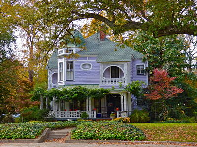 Photograph - Queen Anne Victorian House by Jean Wright