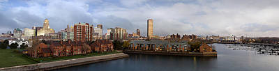 Skylines Photograph - Queen City Skyline by Peter Chilelli