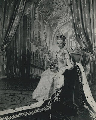 Queen Elizabeth II�in Throne Room Of Buckingham Palace After Her Coronation� Art Print by Retro Images Archive