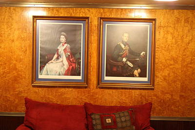 Liner Photograph - Queen Mary - 121221 by DC Photographer
