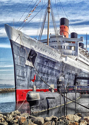 Queen Mary Digital Art - Queen Mary In Long Beach by Bob Winberry
