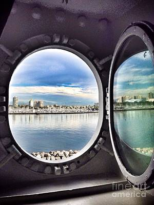Photograph - Queen Mary Starboard View by Susan Garren