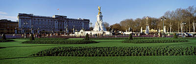 Queen Victoria Memorial At Buckingham Art Print by Panoramic Images