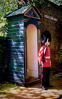 Photograph - Queen's Guard by Pennie  McCracken