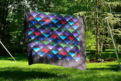 Photograph - Quilt Top In The Breeze by Tana Reiff