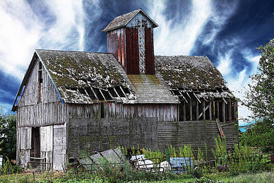 Christine Johnson Photograph - Quilted Barn by Christine Johnson
