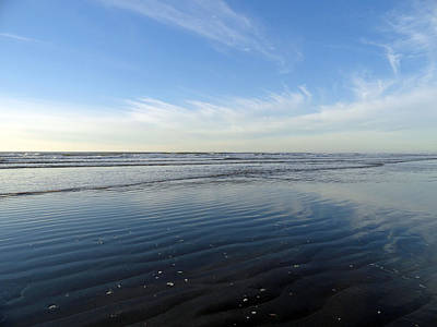 Photograph - Quinault Beach Patterned Reflection by Robert Meyers-Lussier